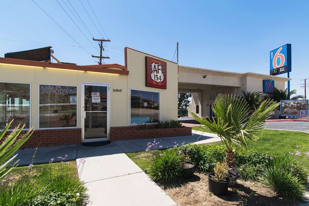 Studio 6 Victorville - Apple Valley - lodging  | Photo 6 of 10 | Address: 16868 Stoddard Wells Rd, Victorville, CA 92394, USA | Phone: (760) 596-4000