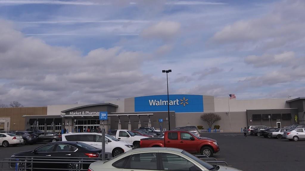 Walmart Supercenter - department store  | Photo 10 of 10 | Address: 16375 Merchants Ln, King George, VA 22485, USA | Phone: (540) 413-3037