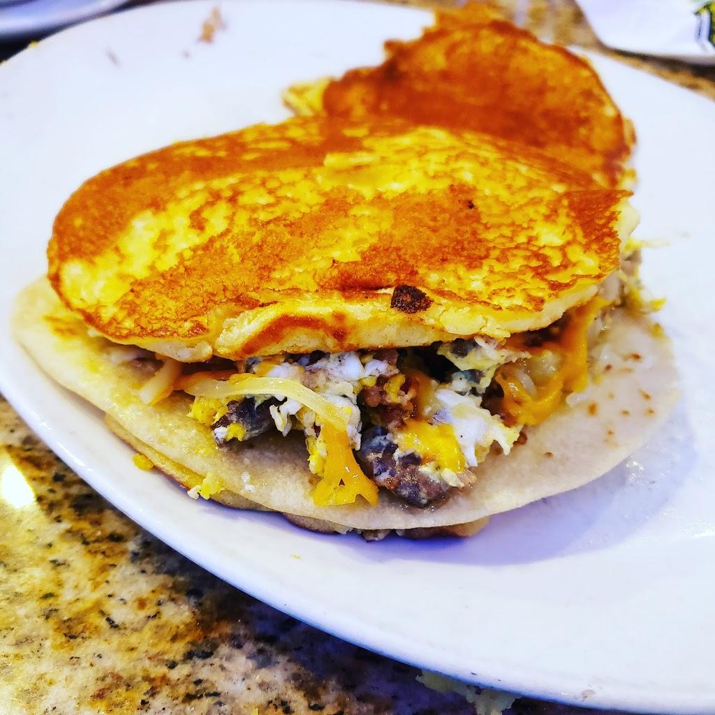 Flores Mexican Restaurant - restaurant  | Photo 4 of 10 | Address: 8300 N FM 620, Austin, TX 78726, USA | Phone: (512) 996-9636