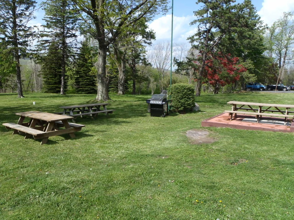 EconoStay Inn - lodging  | Photo 9 of 10 | Address: 209 Kestrel Dr, Mt Pocono, PA 18344, USA | Phone: (570) 243-4600