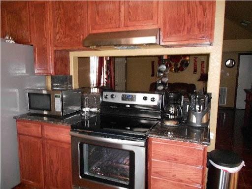 LB1 Construction, LLC - home goods store  | Photo 1 of 10 | Address: 1329 Ross St, La Marque, TX 77568, USA | Phone: (281) 889-0558