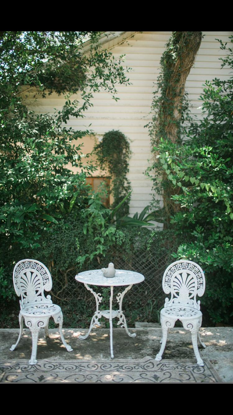 Timeless Serenity B & B - lodging    Photo 4 of 10   Address: 707 N Washington St, Victoria, TX 77901, USA   Phone: (361) 649-4097