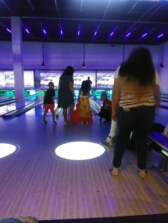Pla-Mor Family Entertainment Center - bowling alley  | Photo 1 of 10 | Address: 2819 NE Bob Bullock Loop, Laredo, TX 78045, USA | Phone: (956) 284-2628