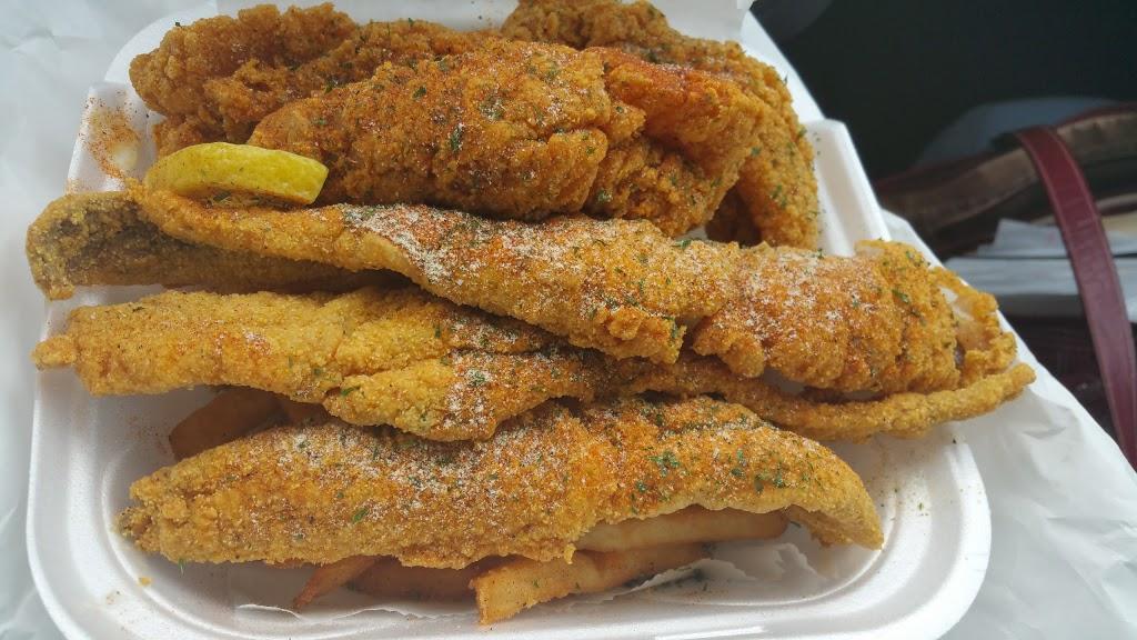 Golden Shrimp - restaurant  | Photo 5 of 10 | Address: 3503, 3721 147th St, Midlothian, IL 60445, USA | Phone: (708) 897-0574