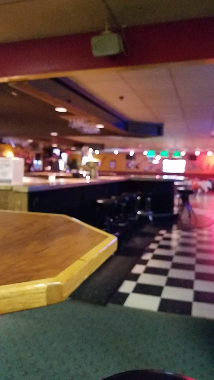Schwoeglers Sugar River Lanes - bowling alley  | Photo 4 of 10 | Address: 807 River St, Belleville, WI 53508, USA | Phone: (608) 424-3774