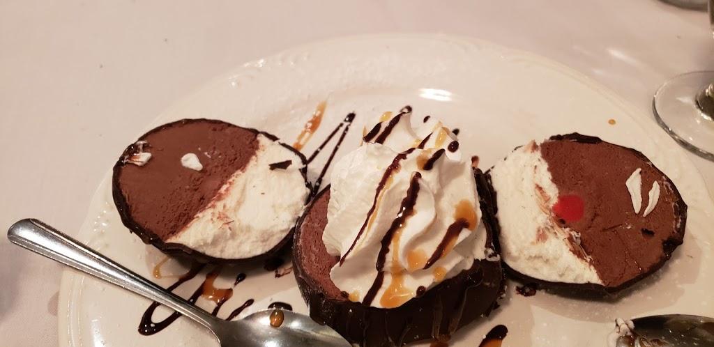 Giana Bellas Ristorante - restaurant  | Photo 4 of 10 | Address: 2781 U.S. 9, Howell, NJ 07731, USA | Phone: (732) 534-4784
