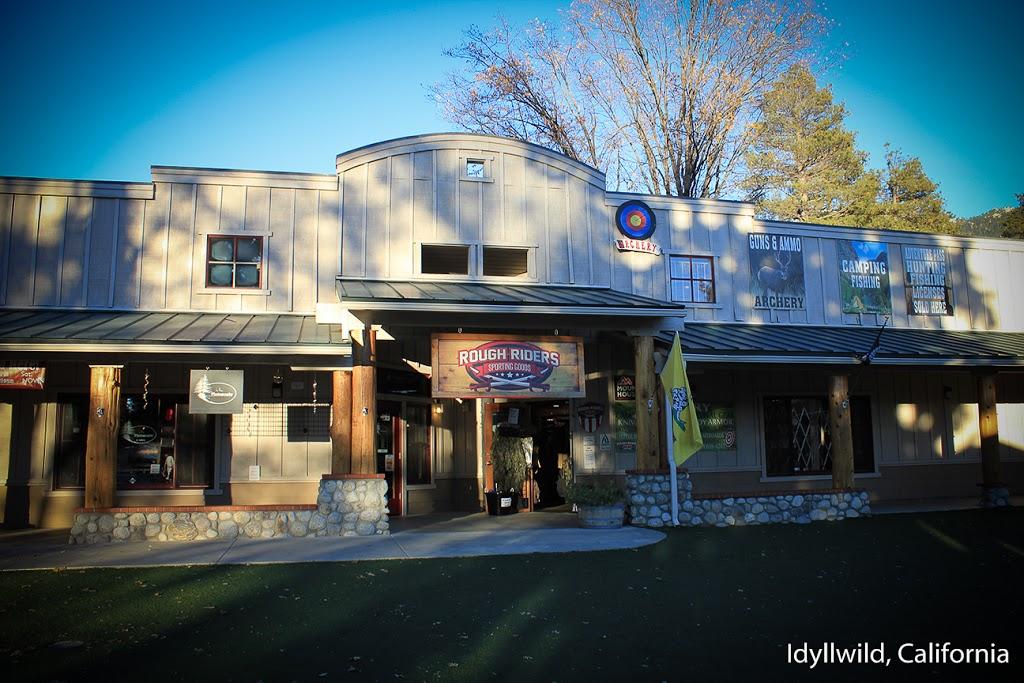 2Brooks Vacation Cabin - lodging  | Photo 10 of 10 | Address: 26098 Tahquitz Dr, Idyllwild, CA 92549, USA | Phone: (951) 468-4154