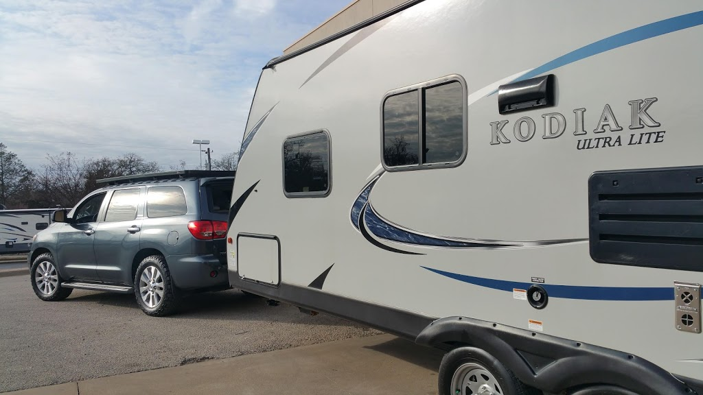 Fun Town RV Giddings | car dealer | 1906 W Austin St, Giddings, TX 78942, USA