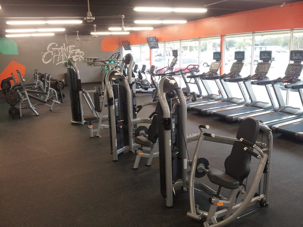 HT Fitness - gym  | Photo 3 of 10 | Address: 1600 W 4th St, Cameron, TX 76520, USA | Phone: (254) 605-6429