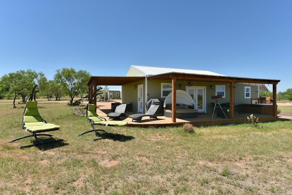 Gladheart - lodging    Photo 7 of 10   Address: 430 Glad Heart Trail, Fredericksburg, TX 78624, USA   Phone: (830) 307-8205