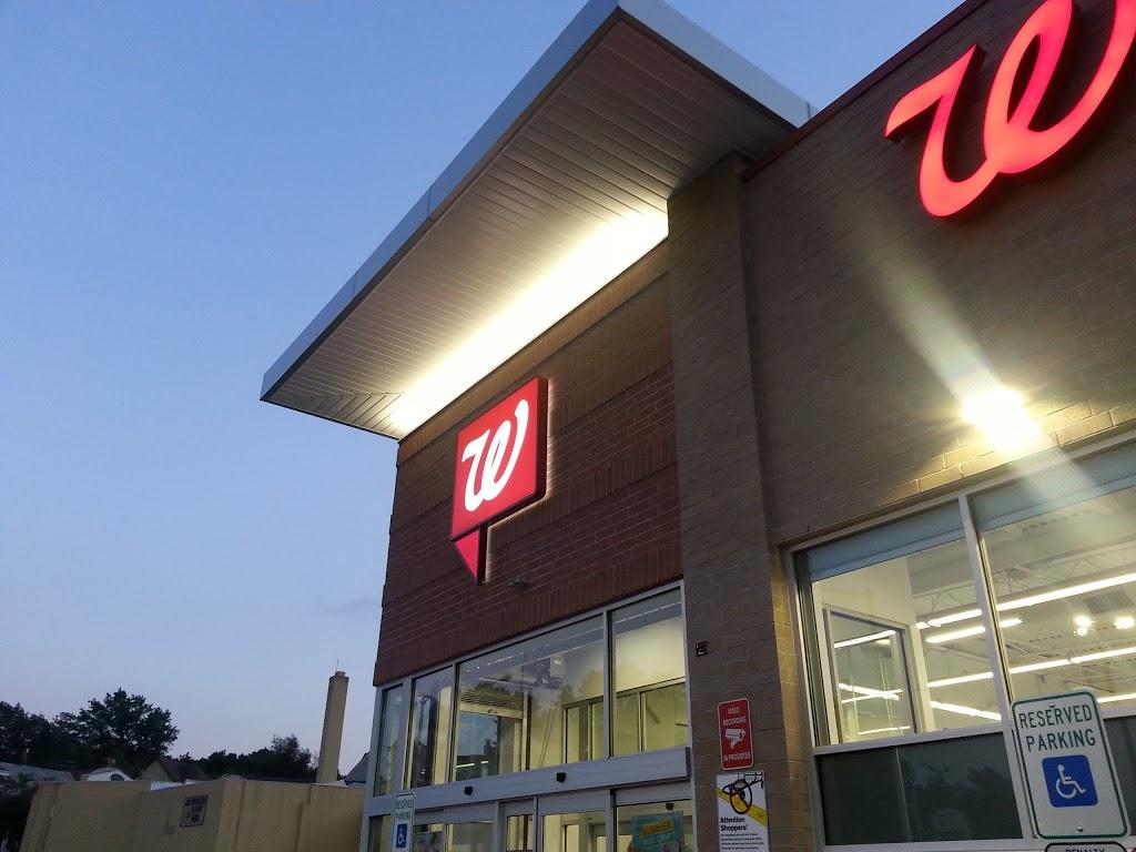 Walgreens - clothing store  | Photo 2 of 6 | Address: 810 Springfield Ave, Irvington, NJ 07111, USA | Phone: (862) 236-1348