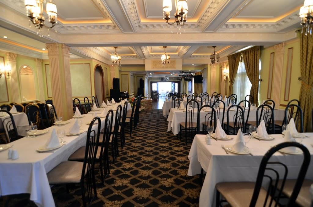 Volna - restaurant  | Photo 8 of 10 | Address: 3145 Brighton 4th St, Brooklyn, NY 11235, USA | Phone: (718) 332-0341