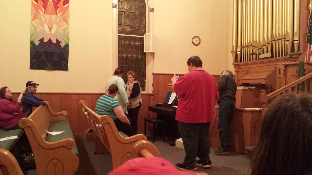 Trinity Lutheran Church - church    Photo 2 of 3   Address: 224 Weir St, Chenoa, IL 61726, USA   Phone: (815) 945-4511