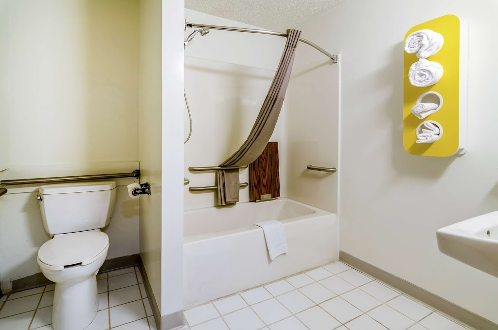 Motel 6 Gordonville - lodging    Photo 3 of 10   Address: 2959 Lincoln Hwy E, Gordonville, PA 17529, USA   Phone: (717) 687-3880